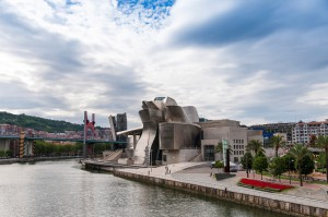 13 PC Baskenland Dhlouy 018-Bilbao-Guggenheim-Netz
